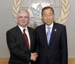 Eamonn Gilmore meets Secretary General Ban Ki-Moon at the UN in New York
